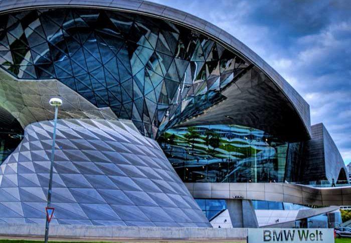 Apa Itu BMW Welt