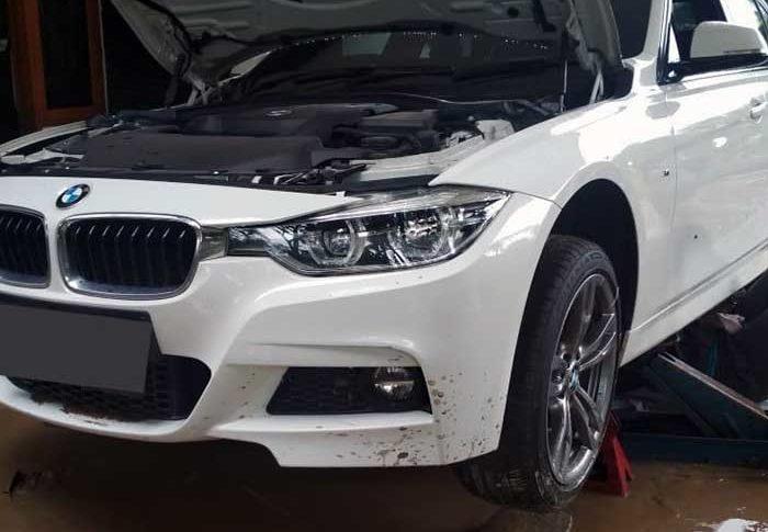 Membeli Mobil Bekas Pasca Banjir